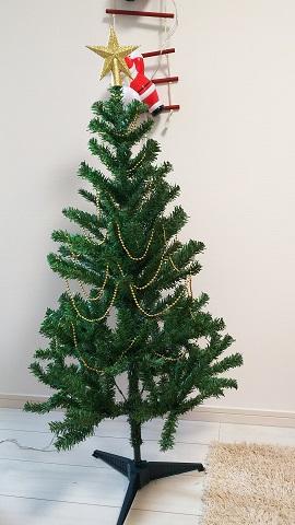 クリスマスツリー飾り方ネックレス